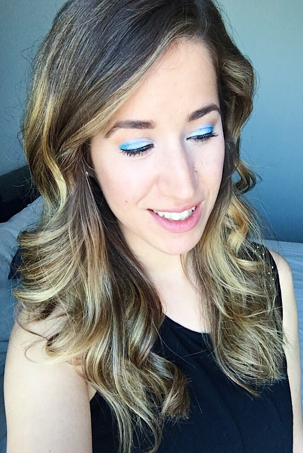 Bold, blue eyeshadow Makeup Look - Tori's Pretty Things Blog