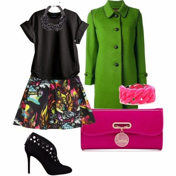 Outfit verde y fucshia.