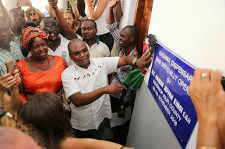 Amason Kingi opens kadaina dispensary.