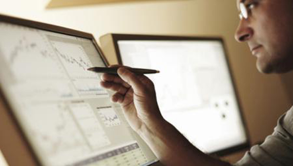 Cómo ganar dinero por internet invirtiendo en divisas Forex