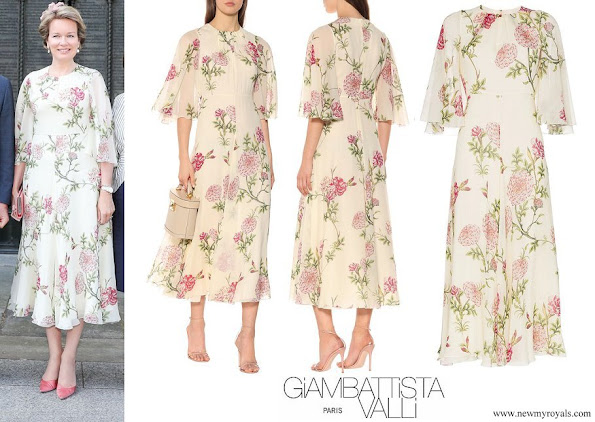 Queen Mathilde wore GIAMBATTISTA VALLI Floral Print Silk Chiffon Midi Dress in Neutrals