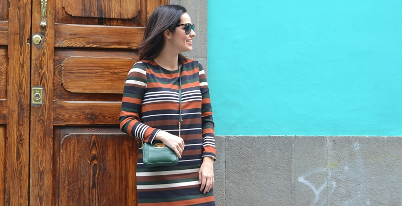 stripes-dress-mango-green-street-style