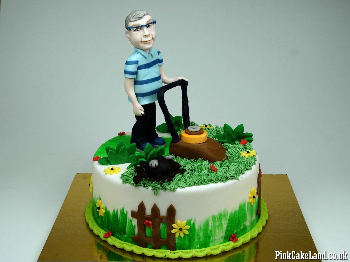 Superb Birthday Cakes London Personalised Birthday Cards Veneteletsinfo