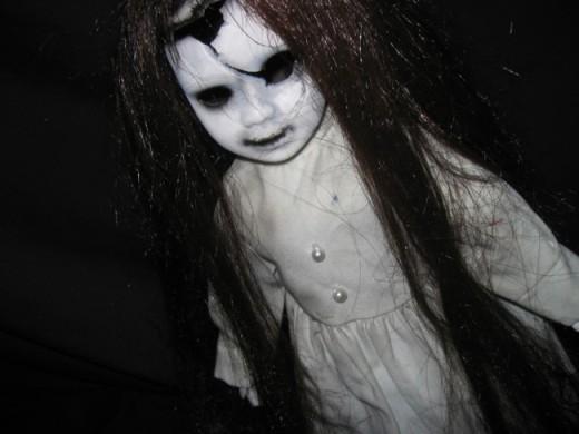 Misteri Boneka yang Selalu Kembali Jika Dibuang