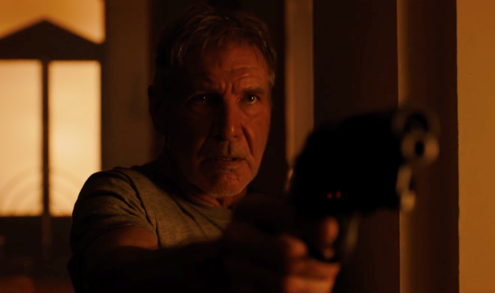 "Harrison Ford e Ryan Gosling no 1º trailer da sequência ""Blade Runner 2049"""