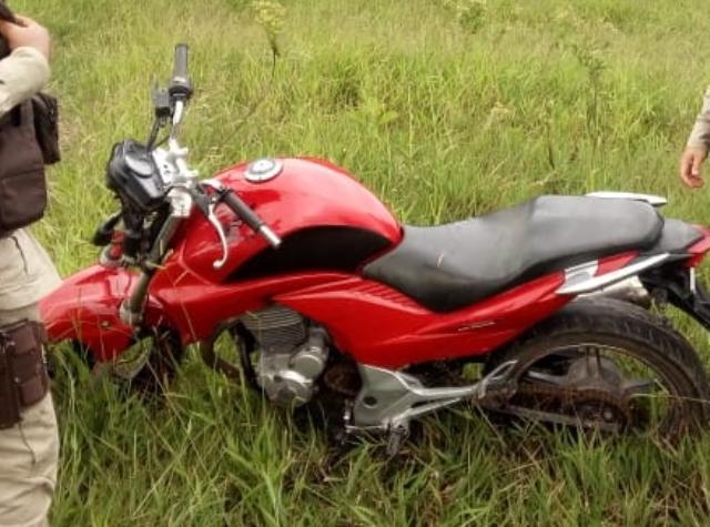 Moto com placa de Jequié é recuperada pela PM em Barra da Estiva