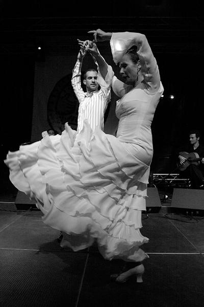 imagem flamenco, bailaor Federico Ordoñez, Irene Alvarez, photo © dominique houcmant