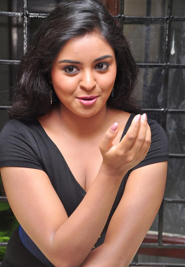 South Indian Actress Nakshatra Hot Pictures -7595