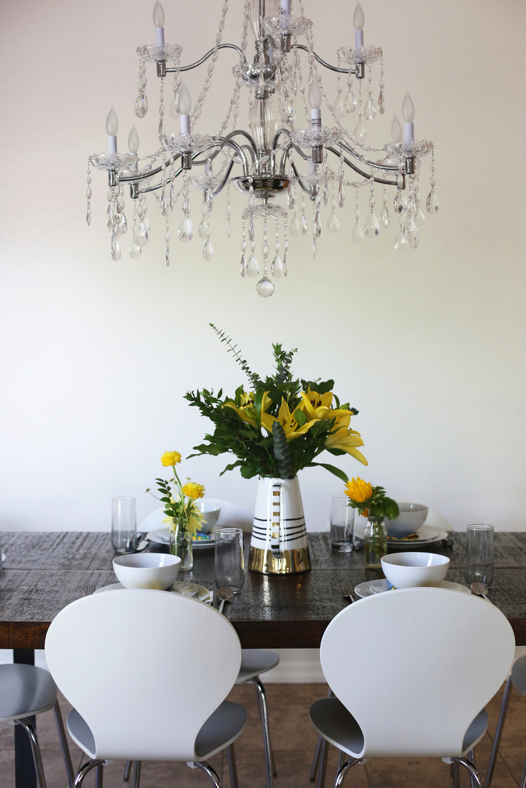 Crystal chandelier for breakfast nook