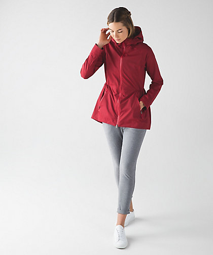 lululemon rain-for-daze prep-red