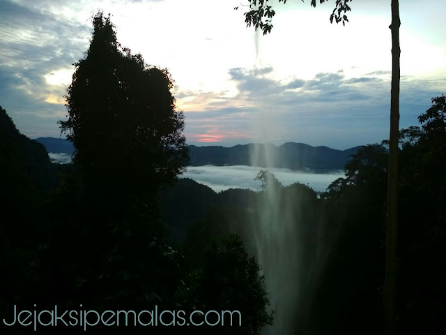 Trip Wisata Air Terjun Batang Kapas
