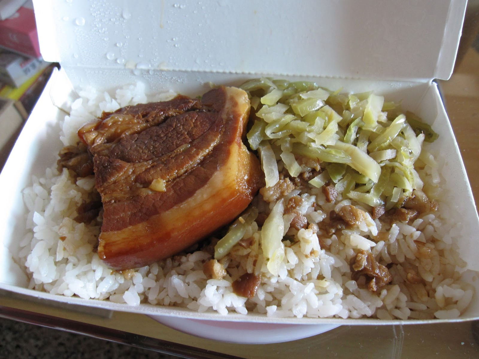 popopig eat everywhere: 高雄 南豐魯肉飯