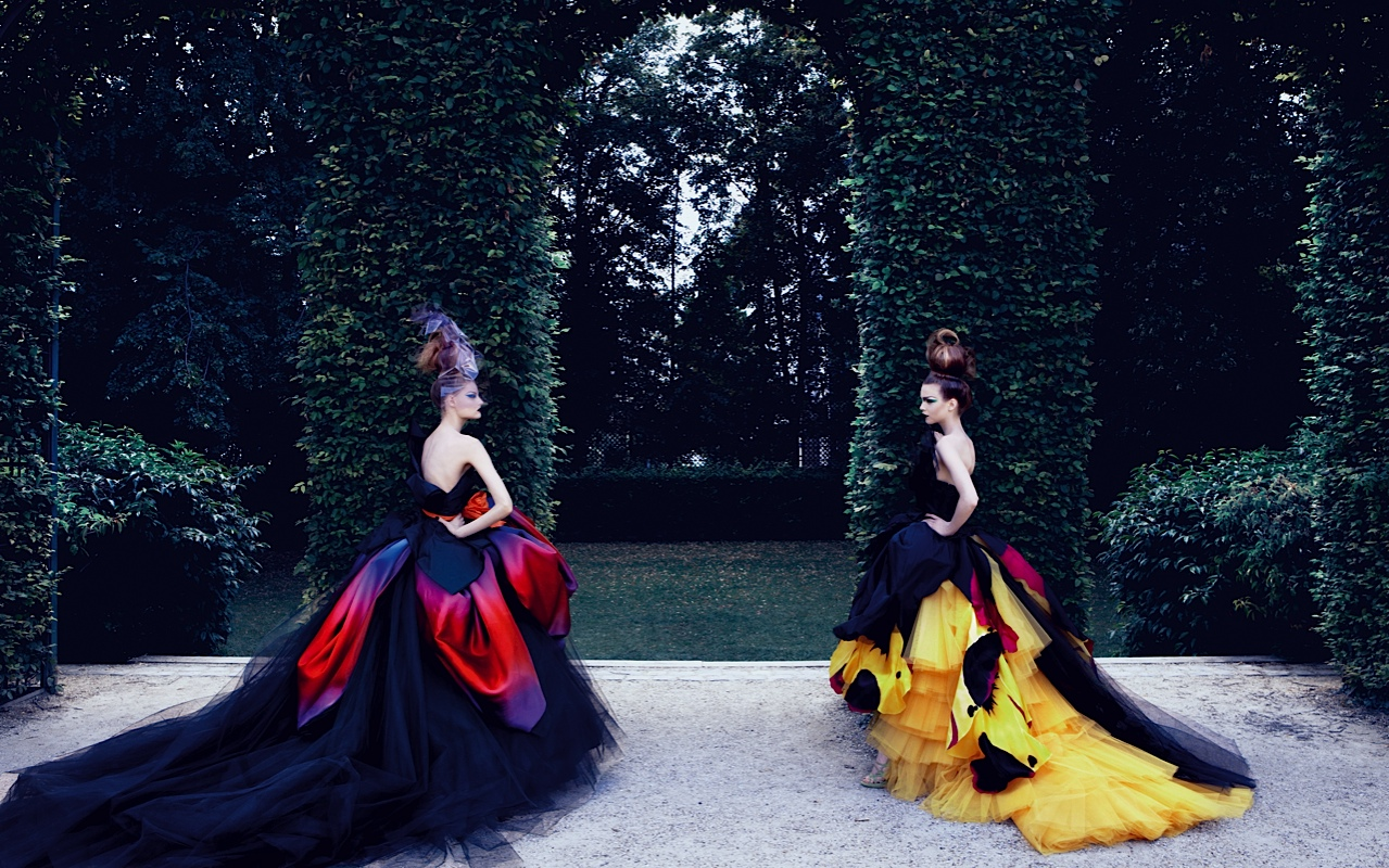dior couture by patrick demarchelier huffpost. Black Bedroom Furniture Sets. Home Design Ideas