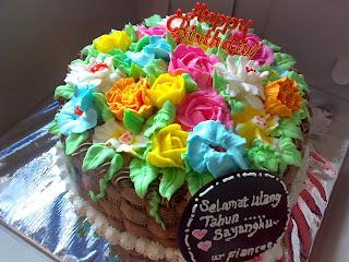 tart ulang tahun di padang