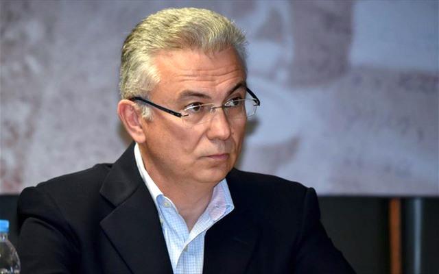 Το δίαυλο επικοινωνίας μεταξύ Κώστα Καραμανλή και Αλέξη Τσίπρα επιβεβαίωσε ο Θ. Ρουσόπουλος, μιλώντας το πρωί της Πέμπτης στον Βήμα 99,5. «Έχουν υπάρξει μία-δύο επικοινωνίες» είπε, αποδίδοντας παράλληλα στον πρωθυπουργό χαρακτηριστικά ηγέτη που θυμίζουν τον Ανδρέα Παπανδρέου.
