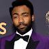 """Donald Glover fatura Emmy de """"Melhor Direção em Série de Comédia"""" por trabalho em """"Atlanta"""""""