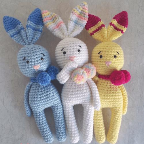 Bunny Pom Pom Amigurumi - Free Pattern