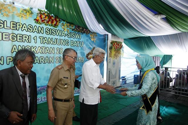 Kunjungi SMAN 1 Tanjung Batu, Wagub Mawardi Soroti Gedung Sekolah dan Status Guru