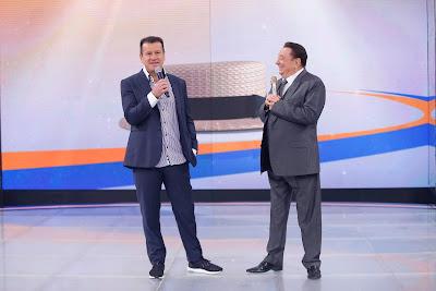 Dunga e Raul Gil (Crédito: Rodrigo Belentani/SBT)
