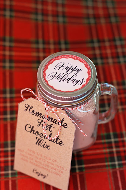 DIY Homemade Hot Chocolate Mix recipe and printable labels