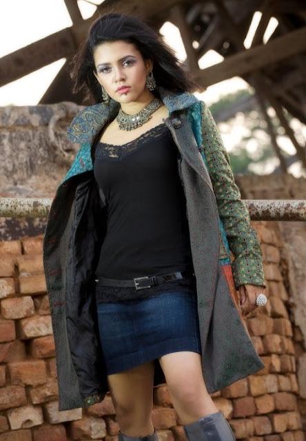 Mila Islam Bangladeshi Singer Modeling Sexy