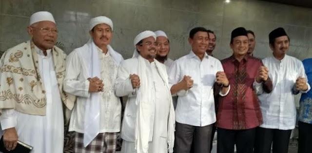 Membuka Cerita Lama Kedekatan Rizieq Shihab FPI dengan Mantan Panglima ABRI Wiranto