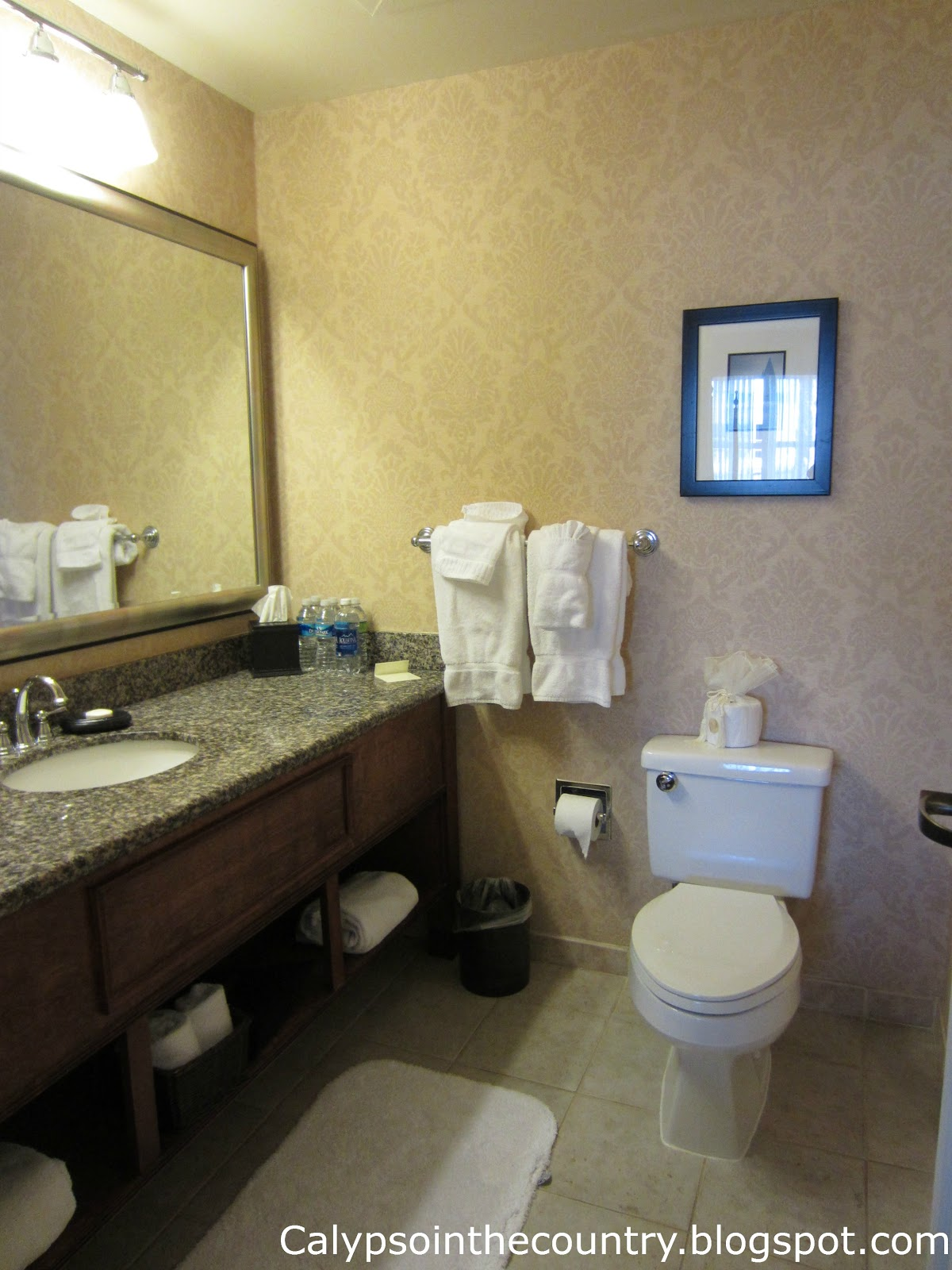 Guest Bath at Harborview Inn