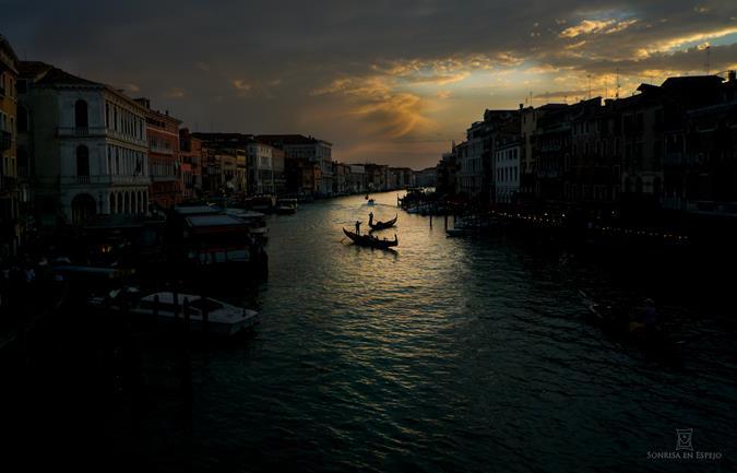 Puesta de sol en Venecia por Sonrisa en Espejo