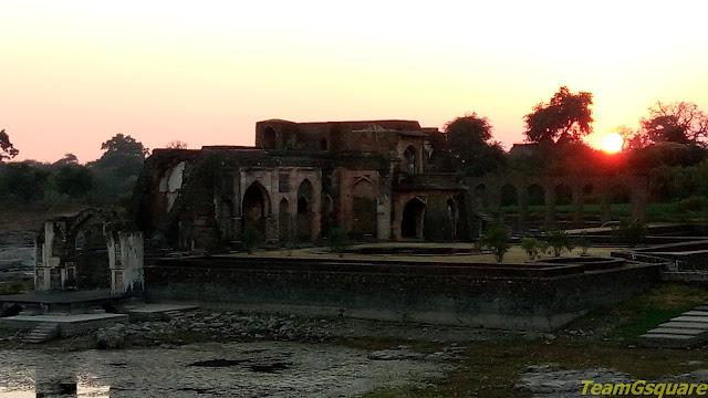 Jal Mahal, Mandu