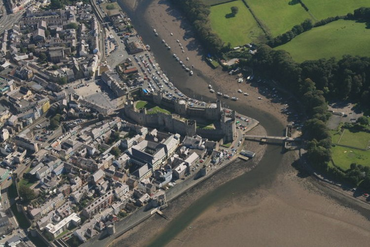 Caernarfon, Best Places to Visit in Wales