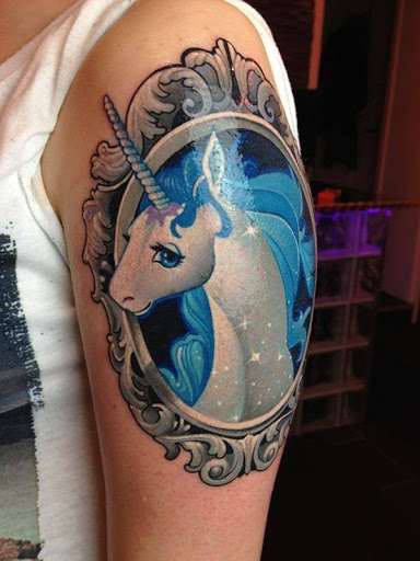Magico do unicornio enquadrado artisticamente