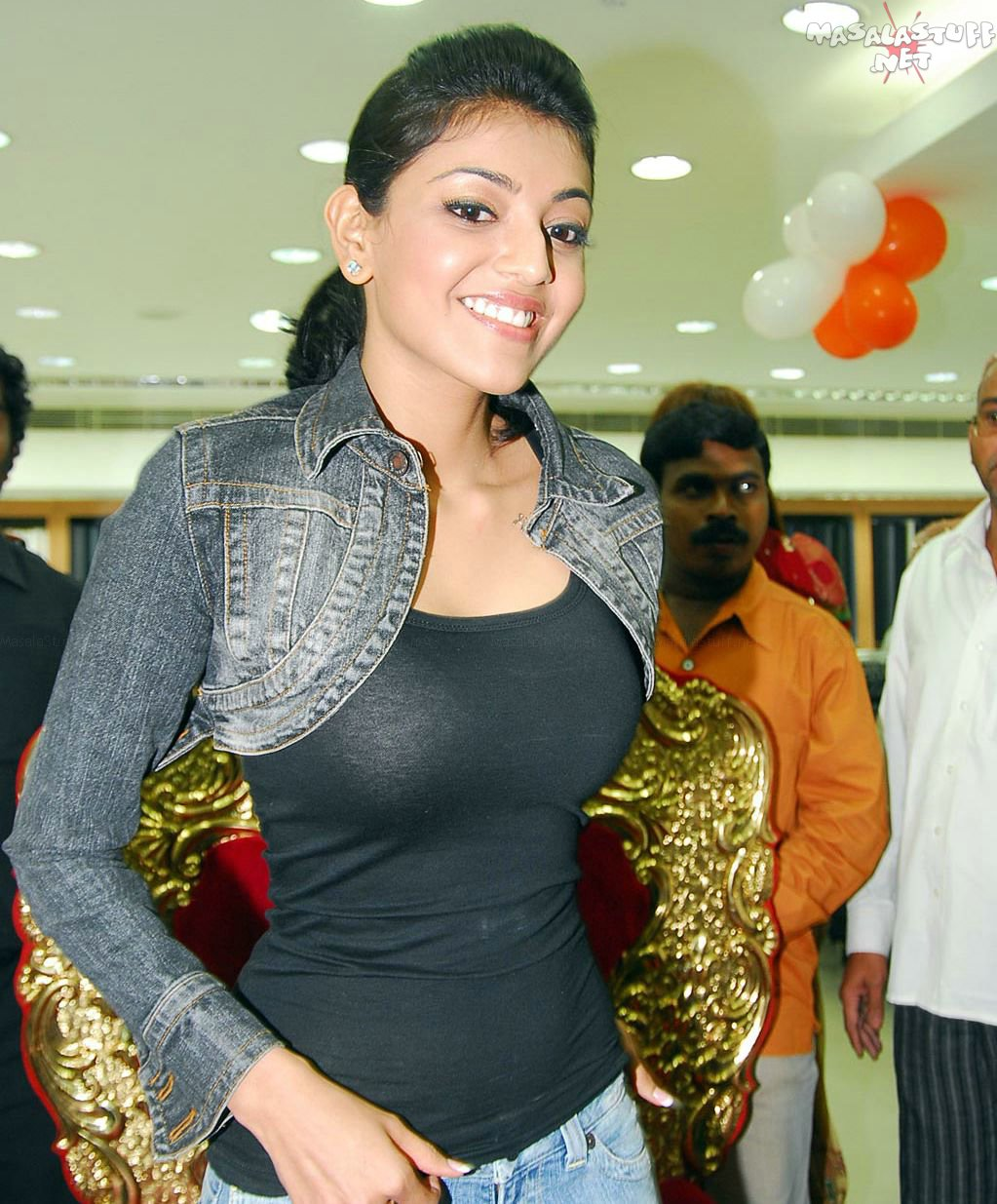 Hot  Sexy Indian Actress Photo Gallery Kaajal Agarwal -9350