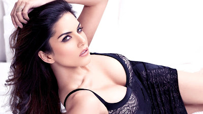 HD Desktop Wallpapers Of Item Girl Sunny Leone.