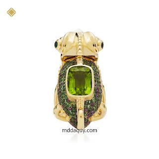 Nhẫn vàng đính đá quý thiết kế tắc kè hoa