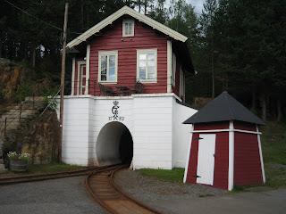 Indgangen til sølvminen og den 2.3 km lange tunnel
