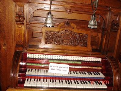 pianina veche