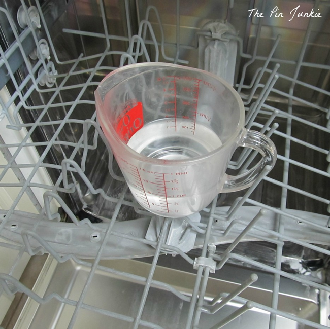 20 Genius Hacks That Will Help You Clean Anything You Can Imagine! - Dishwasher Deep Cleaner