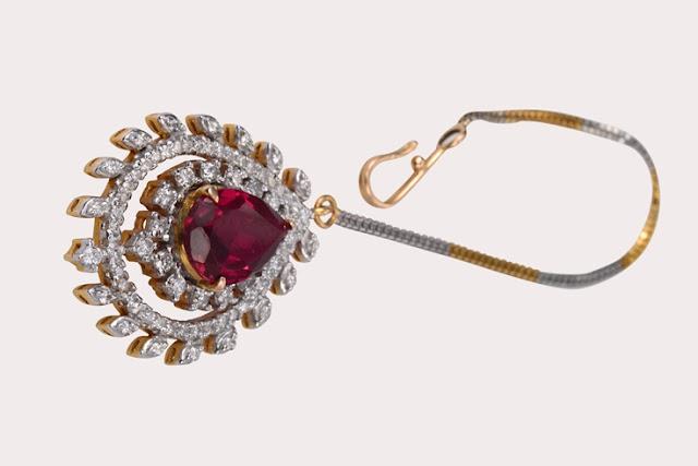 Maang Tikaas, SLG Jeweller