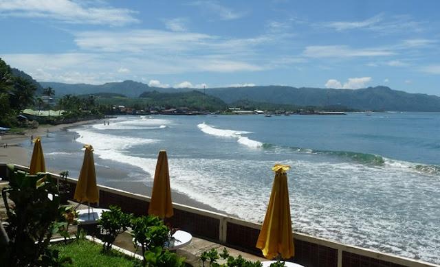 1. Pantai Selatan Jawa