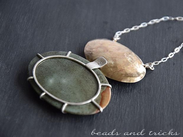 Collana in ottone e argento con diaspro incastonato