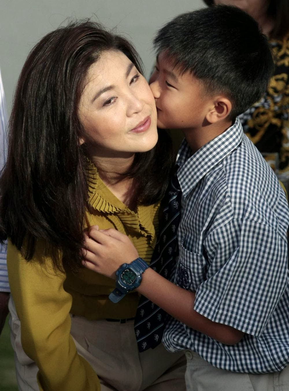 Thailand's First Woman Premier: Yingluck Shinawatra Family (Photos)