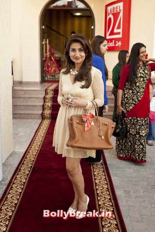 Chetna Shastri, Jacqueline Fernandez in Dubai