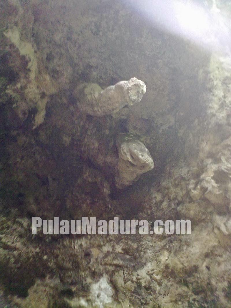 Goa Pelanangan di Gunung Geger Madura