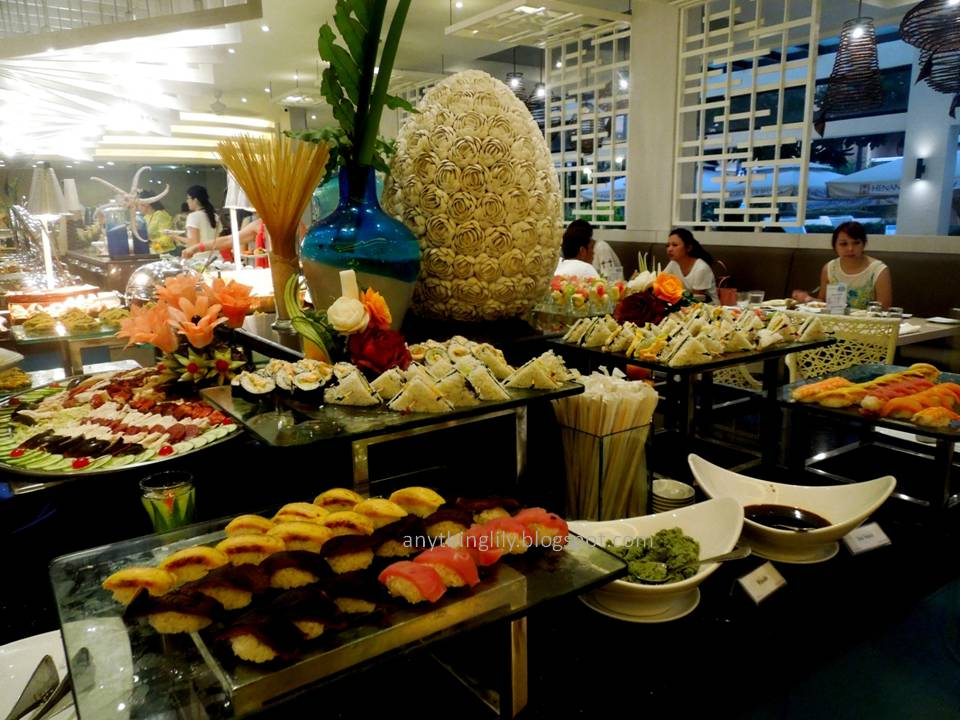 Anythinglily borocay travel a review of dinner buffet for Ambiance cuisine nice