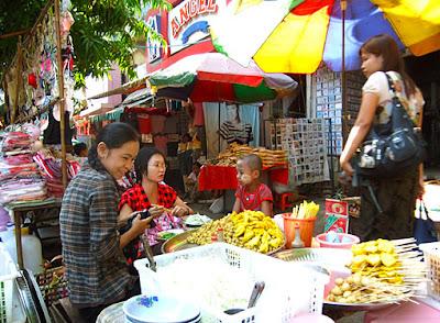 Myanmar street food in Yangon 2