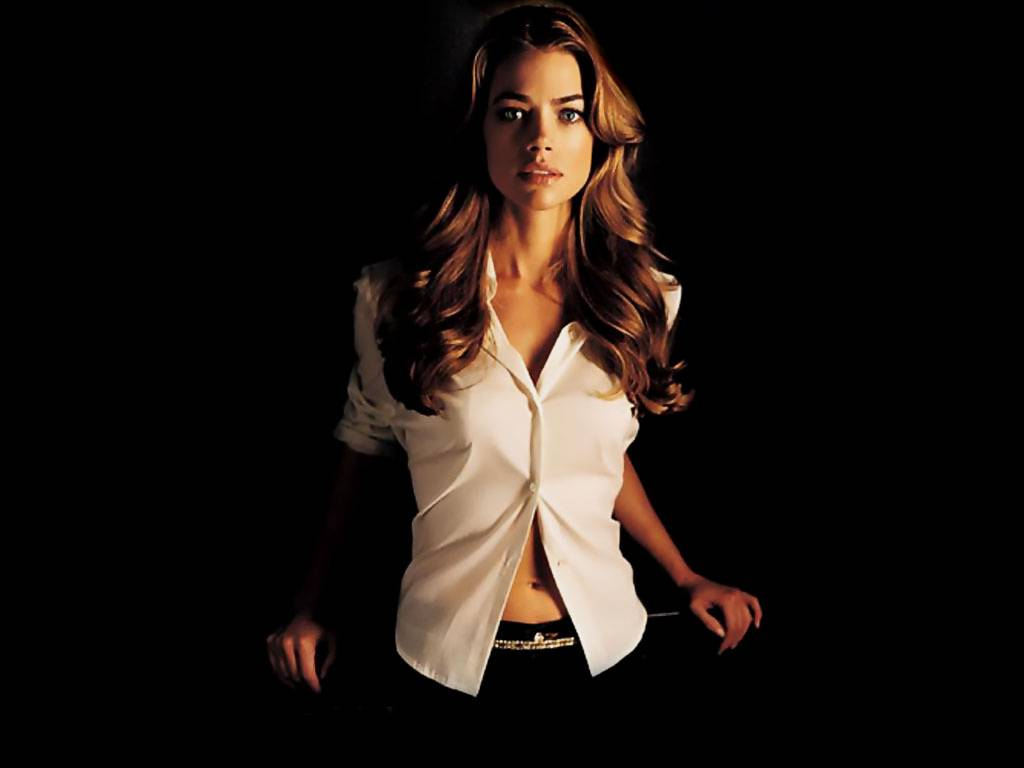 Denise Richards New HD Wallpapers 2012-2013