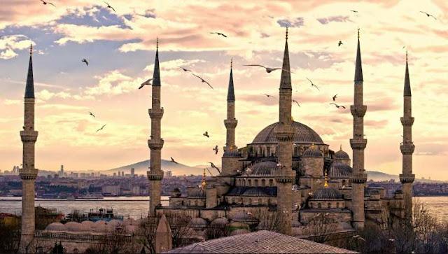 مسجد السلطان أحمد في تركيا