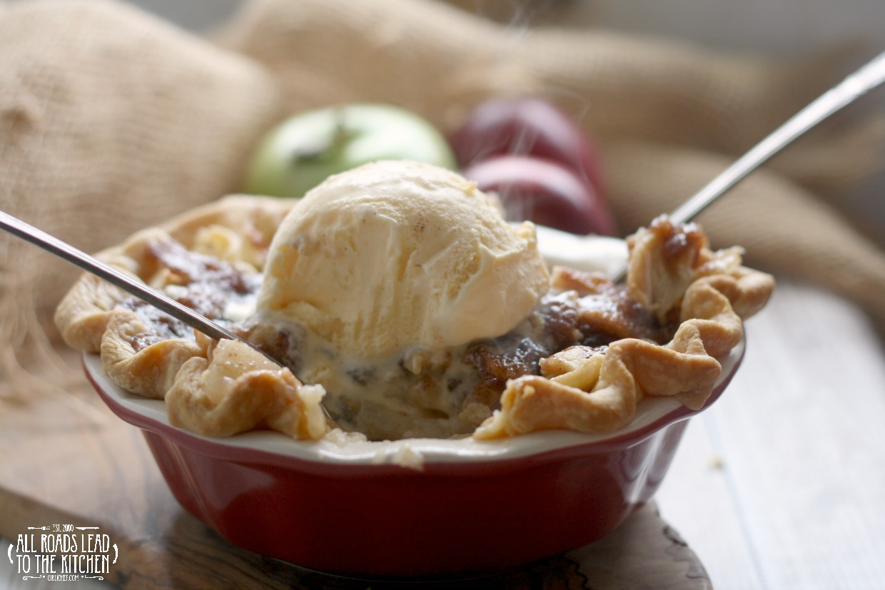 """Shag Apple"" Pie for Two inspired by The Walking Dead"