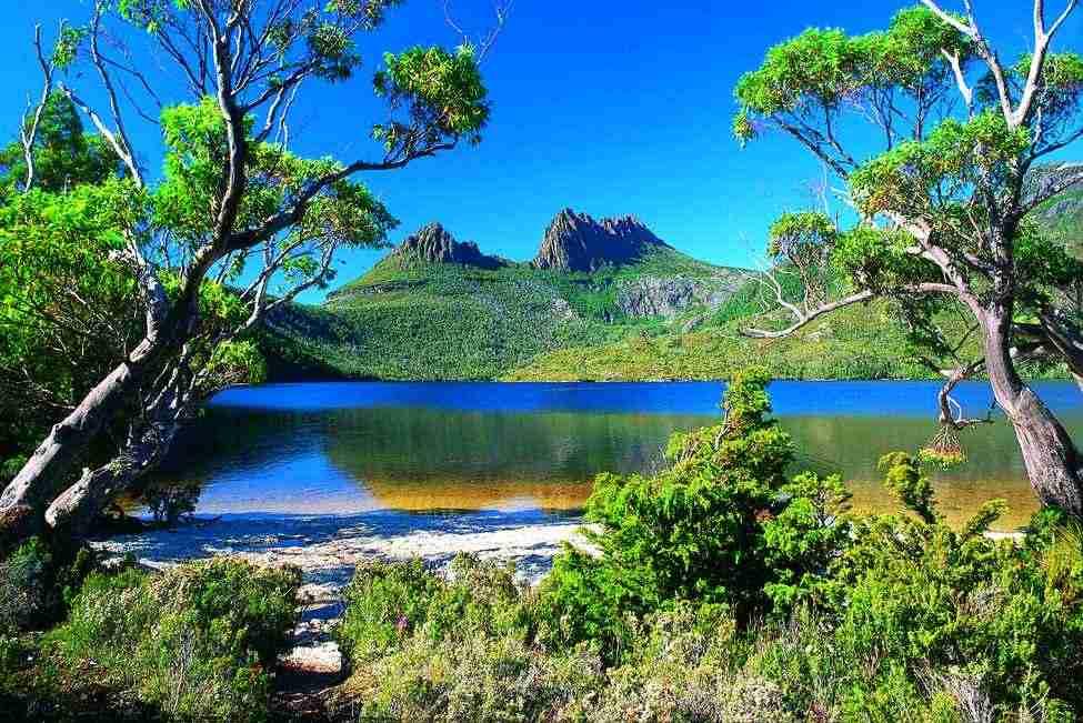hiking most places adventures climbing tasmania scenery hike australia country australian earth tasmanian mountain sceneries place destinations south around mountains