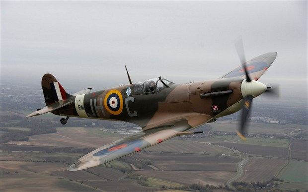Jim Pearce un compatriote de David Cundall archéologue de l aviation, a eu  une conversation à battons rompus avec d anciens combattants ... 2deecf502d2